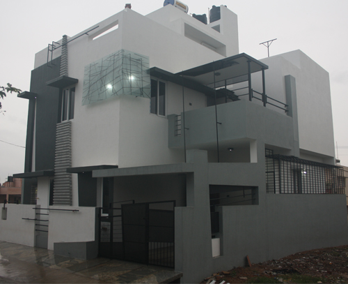 Design and construction of a modern house in bangalore for House outer wall design